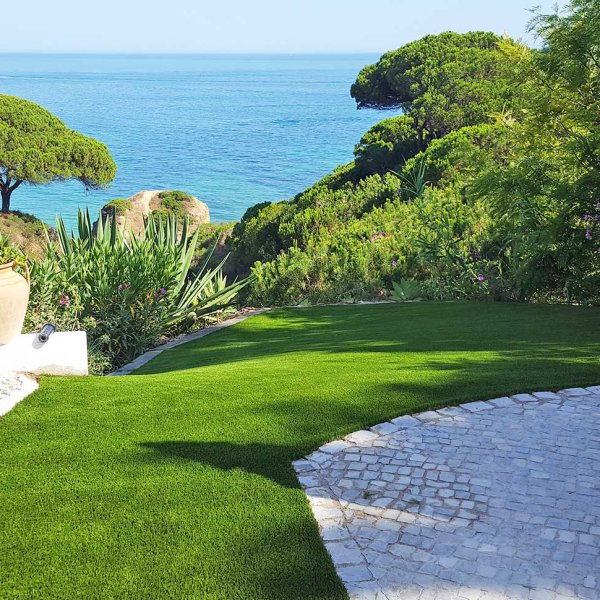 lawn-portugal